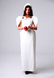Mulher na moda bonita no vestido branco Fotos de Stock