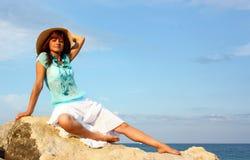 Mulher na rocha Imagem de Stock