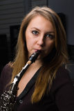 Mulher no concerto Imagem de Stock Royalty Free
