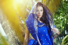 Mulher no sari Fotos de Stock Royalty Free