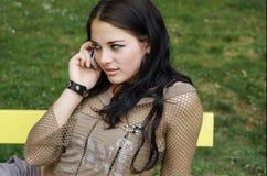 Mulher no telemóvel Foto de Stock Royalty Free