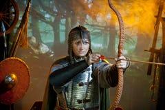 Mulher no traje do guerreiro Imagem de Stock Royalty Free