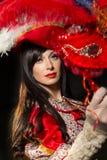 Mulher no traje medieval colorido Foto de Stock Royalty Free
