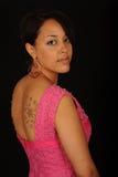 Mulher no vestido cor-de-rosa imagem de stock