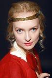 Mulher no vestido medieval Imagens de Stock Royalty Free