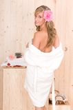 Mulher nos termas Fotos de Stock Royalty Free