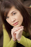 Mulher nova asiática chinesa bonita Fotografia de Stock Royalty Free