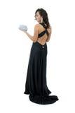 Mulher nova atrativa no vestido preto elegante Fotos de Stock Royalty Free
