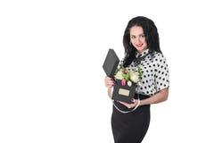 Mulher nova bonita com um ramalhete das flores Foto de Stock