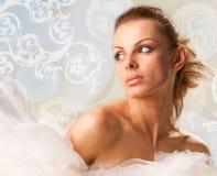 Mulher nova bonita do retrato Fotos de Stock Royalty Free
