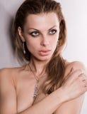 Mulher nova bonita do retrato Imagens de Stock Royalty Free