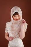Mulher nova bonita no lenço Tradição muçulmana Fotos de Stock Royalty Free