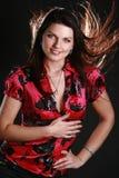 Mulher nova bonita que levanta no estúdio Fotos de Stock Royalty Free