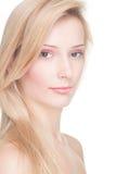 Mulher nova com cabelo louro Fotografia de Stock Royalty Free