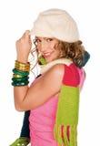 Mulher nova com lenço e chapéu Fotografia de Stock