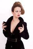 Mulher nova com penteado e decollete isolados Imagem de Stock
