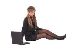 Mulher nova com portátil Imagens de Stock Royalty Free
