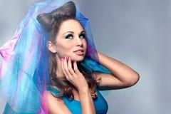 Mulher nova com véu nupcial Imagem de Stock Royalty Free