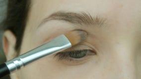 Mulher nova 15 Composição natural do olho em casa filme