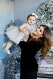 Mulher nova da mãe e seu bebê Foto de Stock Royalty Free