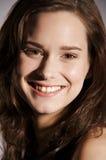 Mulher nova de sorriso Fotos de Stock Royalty Free