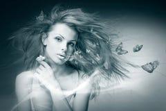 Mulher nova do retrato com borboleta Imagem de Stock Royalty Free