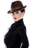 Mulher nova e bonita no chapéu fotos de stock