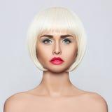 Mulher nova elegante Fotografia de Stock