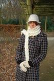 Mulher nova em um dia invernal Imagem de Stock Royalty Free