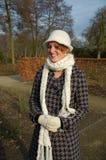 Mulher nova em um dia invernal Foto de Stock