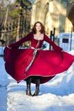 A mulher nova em um vestido medieval Fotos de Stock Royalty Free