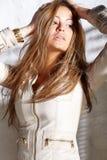 Mulher nova glamoroso imagem de stock royalty free