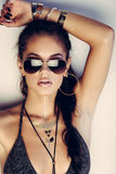 Mulher nova glamoroso Fotos de Stock Royalty Free