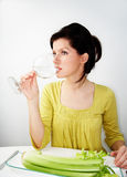 Mulher nova na dieta Fotos de Stock