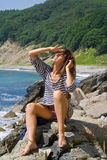 Mulher nova no oeste listrado 13 Imagem de Stock Royalty Free