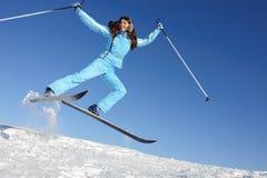 Mulher nova no terno de esqui Imagem de Stock Royalty Free
