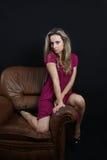 Mulher nova ocasional imagens de stock royalty free