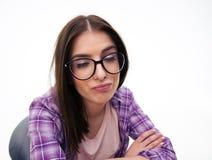 Mulher nova que faz a face engraçada Fotografia de Stock Royalty Free