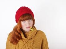 Mulher nova que sofre de um frio Imagem de Stock Royalty Free