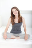 Mulher nova satisfeita Fotografia de Stock