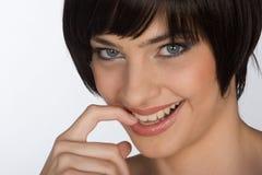 Mulher nova sedutor Imagens de Stock Royalty Free