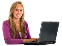 Mulher ocasional em um portátil Imagens de Stock