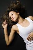 Mulher ocasional na camisa do demin Fotografia de Stock Royalty Free