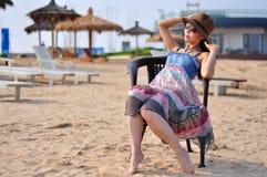 Mulher ou menina chinesa asiática nova feliz bonita Fotos de Stock Royalty Free