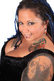 Mulher perfurada tattoed bonita Imagem de Stock Royalty Free