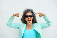 Mulher que aponta a Grey Hair Fotos de Stock Royalty Free