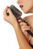 Mulher que canta uma canção Imagem de Stock