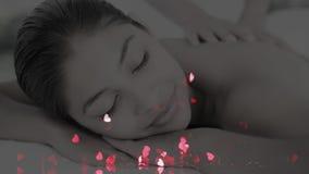 Mulher que começ uma massagem vídeos de arquivo