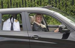 Mulher que conduz ao trabalho Imagens de Stock Royalty Free