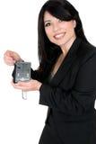 Mulher que demonstra o produto Imagem de Stock